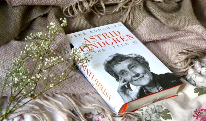 """[Rezension] Jens Andersen: """"Astrid Lindgren. IhrLeben"""""""