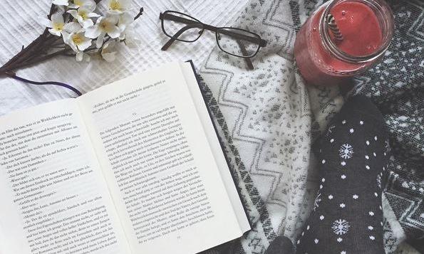 Ruinieren Reading-Challenges uns dasLesen?